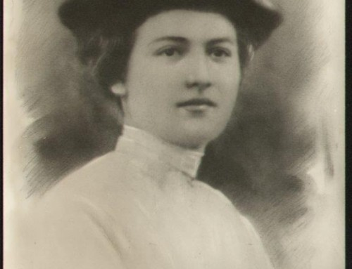 טקס 100 שנה למותה של שרה אהרנסון, בבית העלמין ובמוזיאון